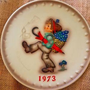 Hummel Annual plate, 1973